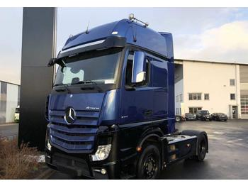Tractor unit Mercedes-Benz Actros 1851 LS GigaSpace