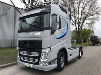 Tractor unit Volvo FH500 euro 6 i shift globe park cool